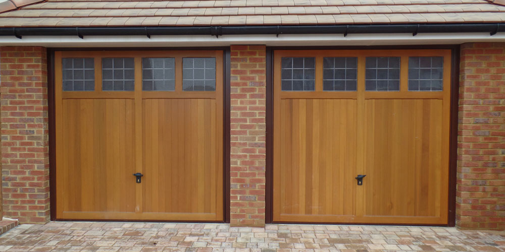 Wooden garage doors kingston upon thames surrey for Garage doors uk
