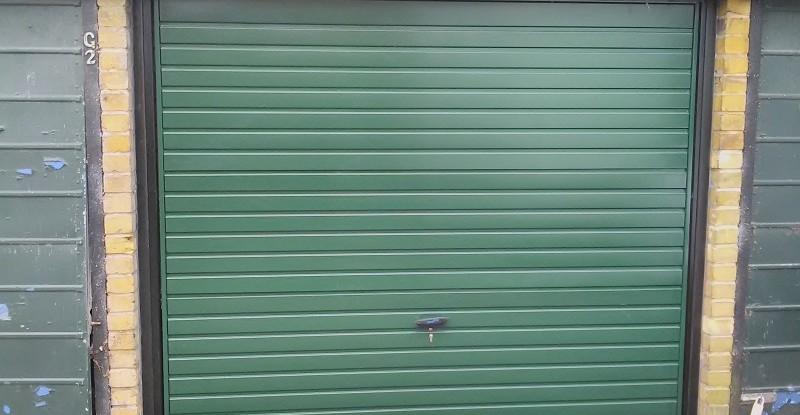 28 Racing Green Cardale Europa Garage Door