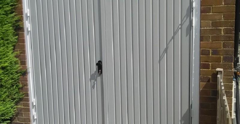 Novoferm Thornby Side Hinged Garage Door