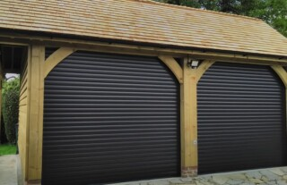 Cardale Thermaglide 77 Mocca brown 3 Roller Doors